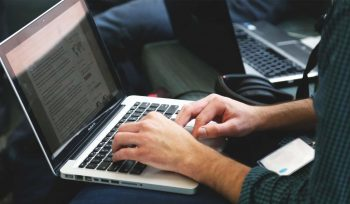 laptop cv online
